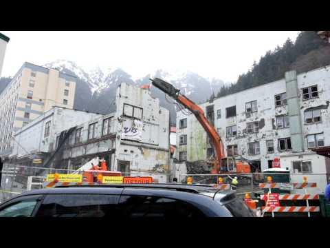 News of the North reports: Watch the Gastineau Demolition Video