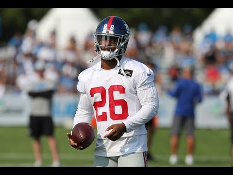 Giants' Saquon Barkley Limited By Hamstring Injury