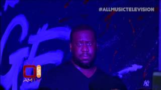 Terrace Martin/Robert Glasper Mesmerize Young Audience with Herbie Hancock's 'Butterfly'