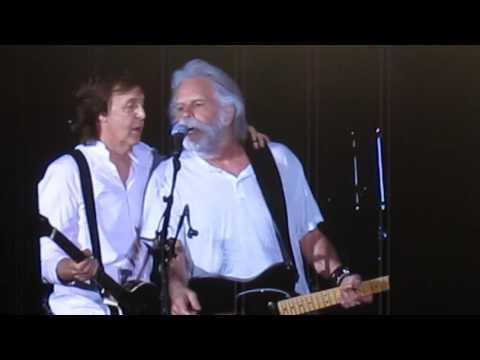 Paul McCartney  ''yesterday''and ''hi hi hi'' with Bob Weir  Fenway park Boston,Ma. 7-17-16