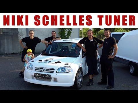 Hier wird von Niki Schelle - GRIP RTL2 - der Rennwagen aufgebaut - Röttele Racing