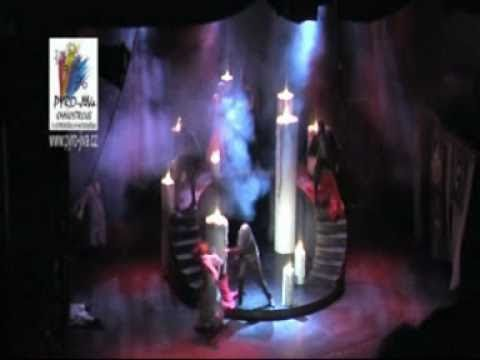 Divadelni efekty od Pyro- JiVa