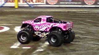 Madusa - Monster Jam Freestyle 1/21/12 (Raymond James Stadium, Tampa, Florida)