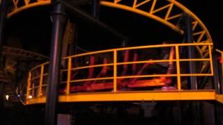 Ночные американские горки Парк Горького Харьков Night rollercoaster Gorky Park Kharkov(Ночные американские горки Парк Горького Харьков Night rollercoaster Gorky Park Kharkov., 2013-10-16T05:34:56.000Z)