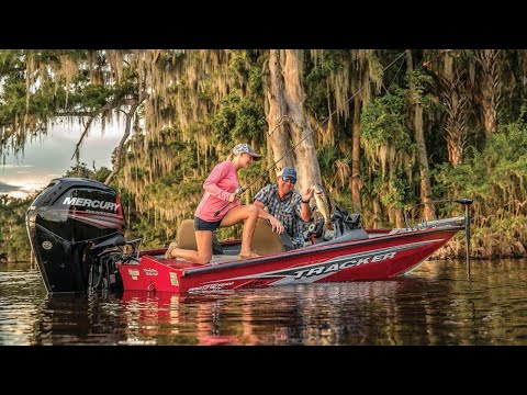 Tracker Pro Team 175 TXW video