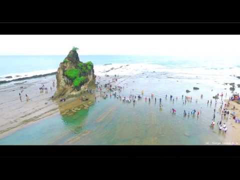 Pesona Pantai Sawarna dipagi hari Asli Kereeeen Banget ini Pantai | DJI Phantom 3 Pro