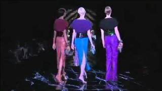 Louis Vuitton - Spring Summer Fashion Show 2011 Thumbnail