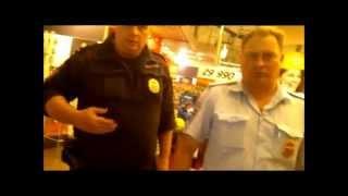 охранники М видео задерживают посетителя(, 2014-06-08T16:29:39.000Z)