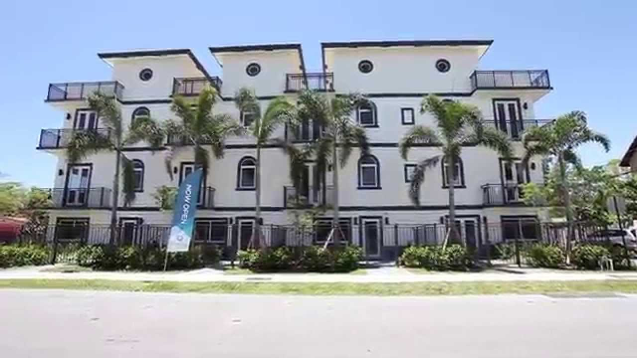 Luxury townhomes for sale in ft lauderdale 645 ne 9th for Luxury townhomes for sale