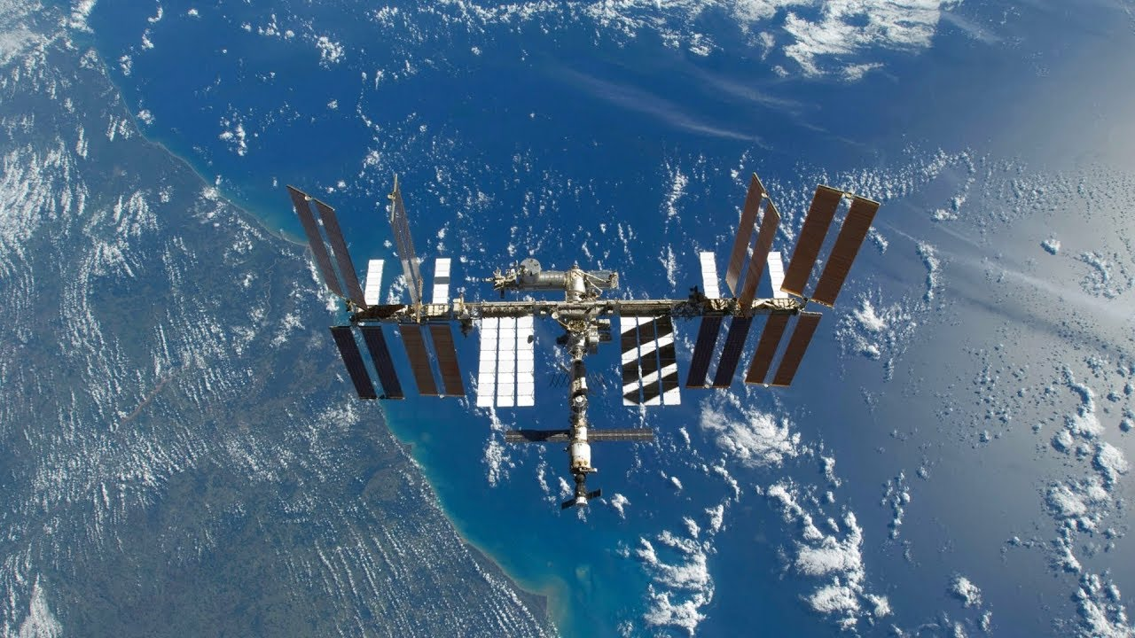 International Space Station NASA Live View With Map - 104 - 2019-09-11