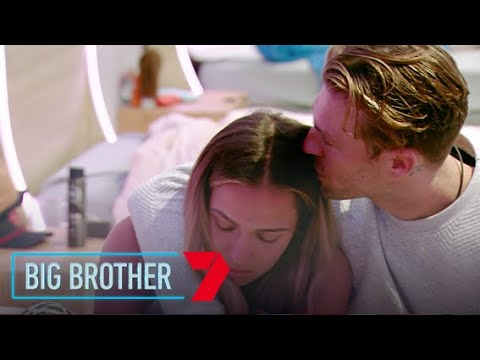Sophie and Chad get closer | Big Brother Australia