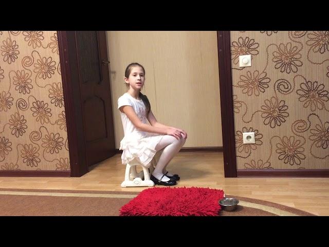 Изображение предпросмотра прочтения – УльянаЖурина читает произведение «Мой щенок» С.В.Михалкова