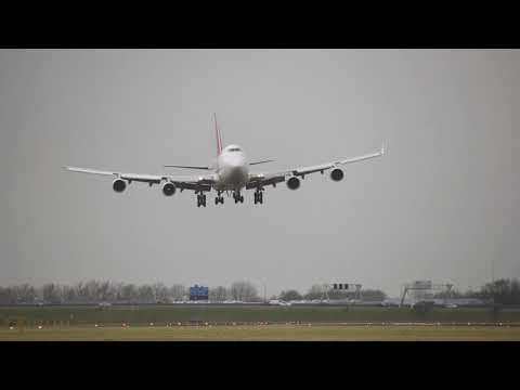 Planes landing at