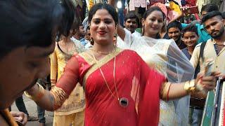 kinner dans 2019 Diwali me Sarojini Nagar Market