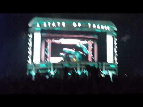 Dash Berlin @ ASOT 600 SOFIA (Man On The Run)