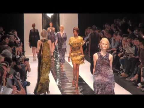 Fashion Week Paris 2011  Guy Laroche.