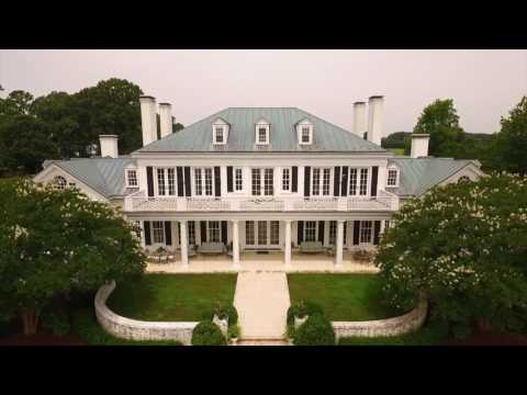 Private Waterfront Estate with Majestic Grounds in White Stone, Virginia