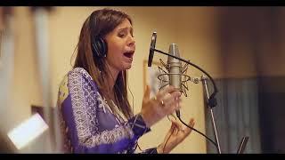 Con las alas del alma - Julie Freundt ft. Julia Zenko