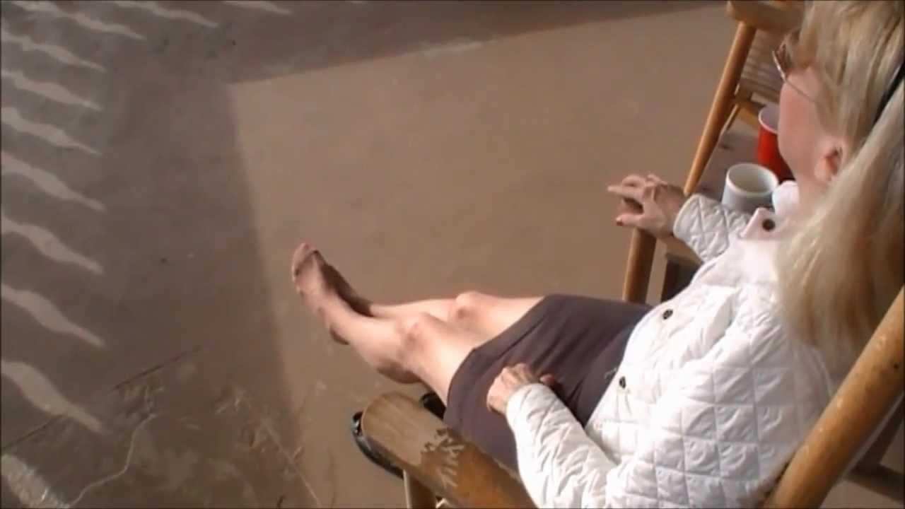Feet in nylon video 25 - 3 1