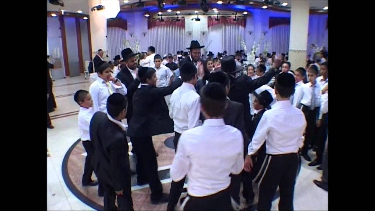 אלירן אלבז מחרוזת חסידית בהופעה | Eliran Elbaz Hasidic Medley In Show