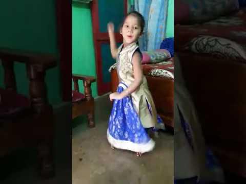 Puchki dancing pingal songs..