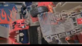 Transformers Revenge of the Fallen: Optimus Prime Enters Shanghai Stop Motion (REDO)