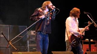Black Crowes - Torn And Frayed (Live)...Rolling Stones Cover