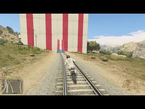 GTA 5 - Chặn Xe Lửa Bằng Bức Tường Khổng Lồ? Bạn Đã Thử Chưa?