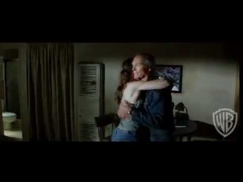 Million Dollar Baby - Theatrical Trailer