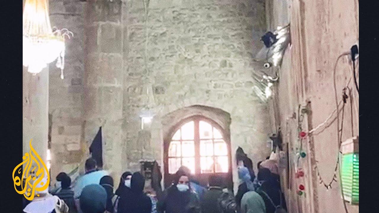 اعتداء قوات الاحتلال على المرابطات داخل المسجد الأقصى  - نشر قبل 21 ساعة