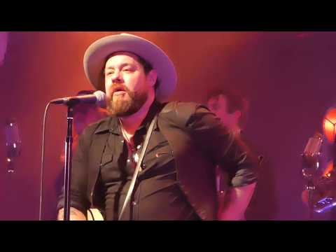 Nathaniel Rateliff and the Night Sweats - Amsterdam April 5, 2018 - Intro / Need Never Get Old