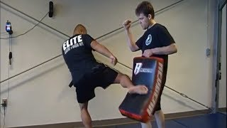 Muay Thai -  Right Kick Setup Like Jose Aldo