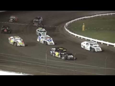 IMCA Modified feature Farley Speedway 8/7/17