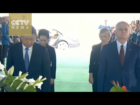 President Xi lays wreaths to monument to honor 3 Chinese reporters killed in 1999 NATO bombing