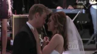 Lucas and Peyton - One Tree Hill Season 9