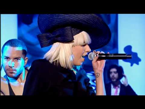 Lady Gaga Poker Face Live 2009