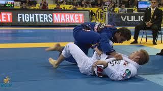 "Marcus ""Buchecha"" Almeida vs Keenan Cornelius / World Championship 2014"
