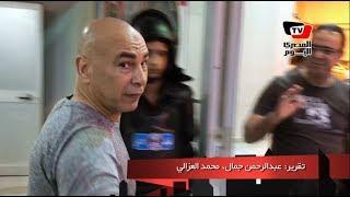 حسام حسن يبتسم عند سؤاله: «متى ستدرب الأهلي» قبل مغادرة برج العرب