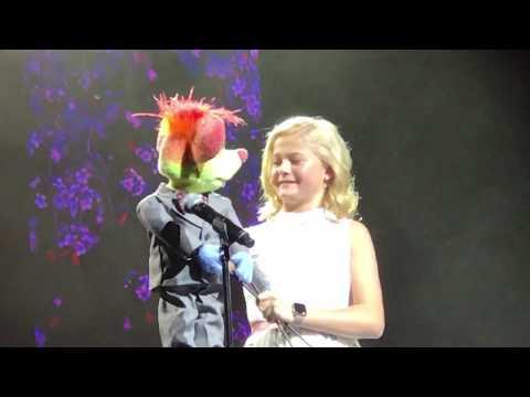 Darci Lynne and Oscar Perform Whos Lovin You - Las Vegas AGT Live Show