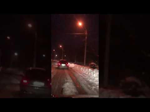 Голос Карпат: Пішоходам не ходити: вулиця у Виноградові залишилася навіть без обочин