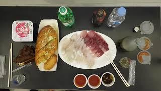 제주도 호텔 먹방) 모둠회,마늘빵,초코케이크,매취순