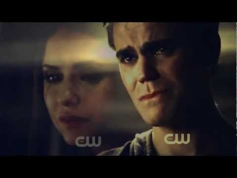 Stefan + Elena | A Drop in the Ocean