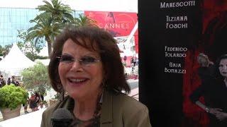 Claudia Cardinale a Cannes, ricorda Visconti e sostiene i giovani