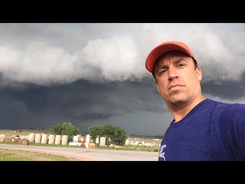 LIVE From Monster Supercell East Of Gillette, Wyoming