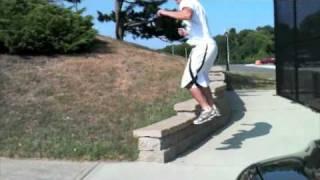 Parkour and Crotch Shots thumbnail