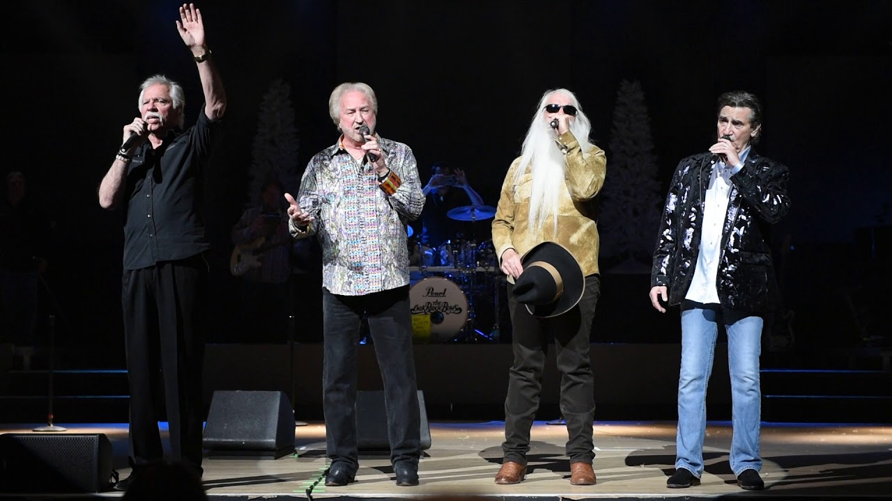 The Oak Ridge Boys perform Amazing Grace with the audience at final ...