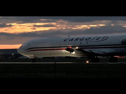 The Classic 727 - DUSK Takeoff from Ottawa!