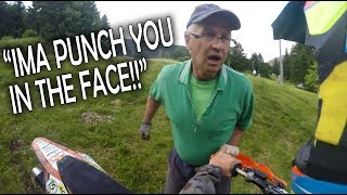 Video Angry Man Attack Dirt Biker - Aggressive People! 2018 download MP3, 3GP, MP4, WEBM, AVI, FLV Juli 2018