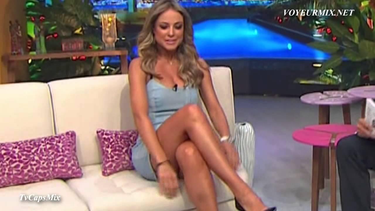 Vanessa Huppenkothen sexy Vestido - YouTube