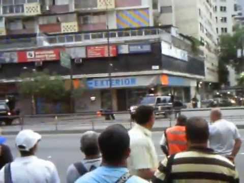 Supuesta bomba banco exterior caracas 2 youtube for Banco exterior venezuela